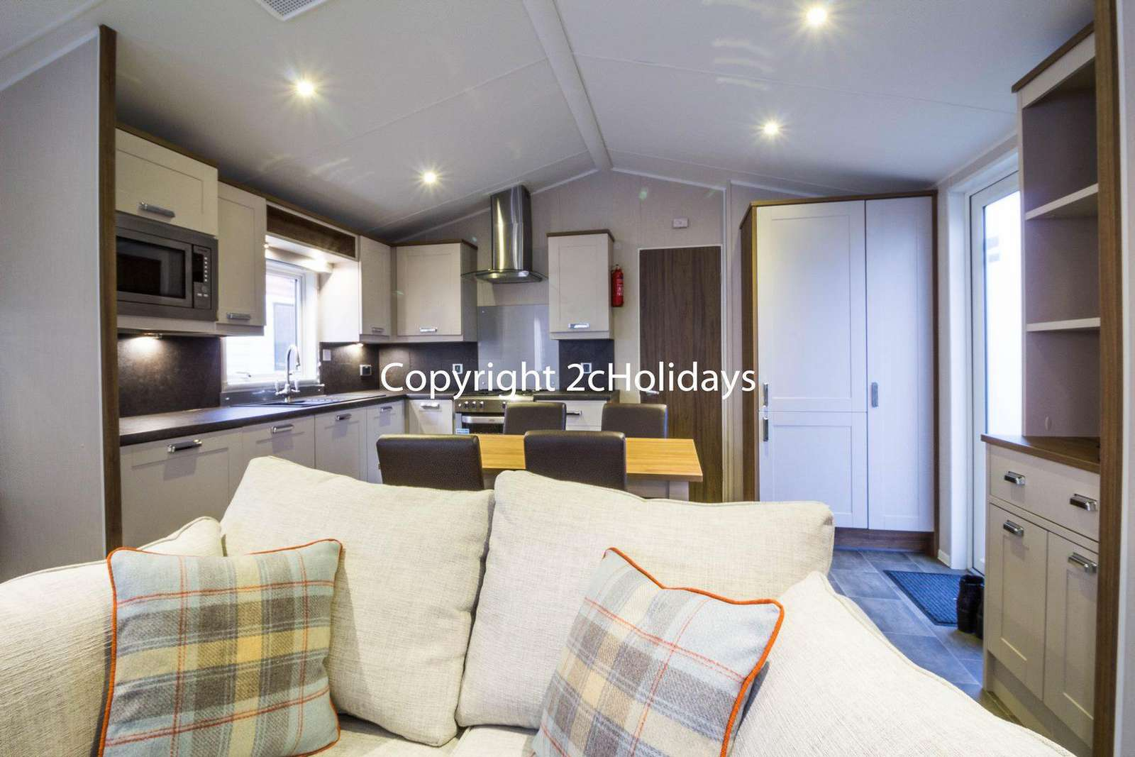 Caravan to hire near Sea Life Centre. Book your holiday at Manor Park Holiday Park.