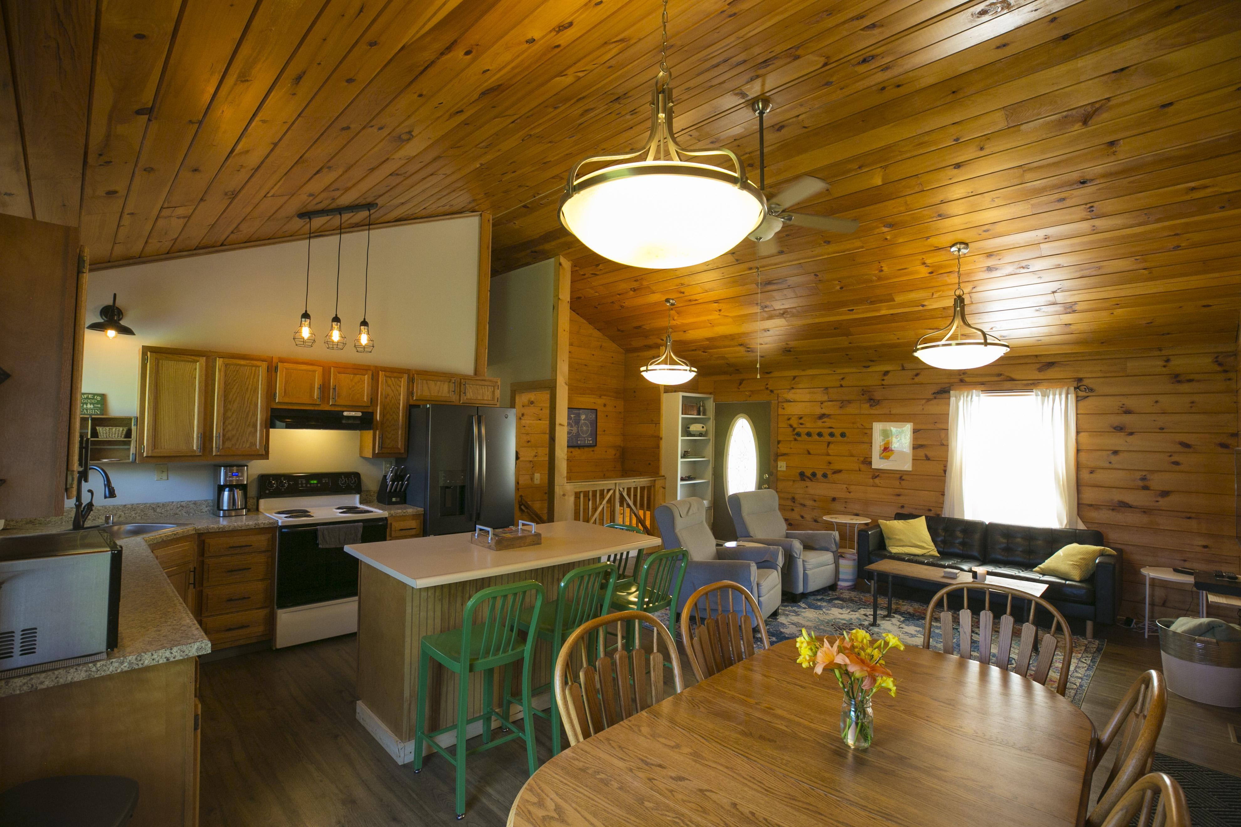 Woodpointe Scenic Cabin Rentals
