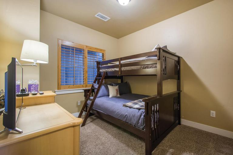 Bunk bed with full on the bottom