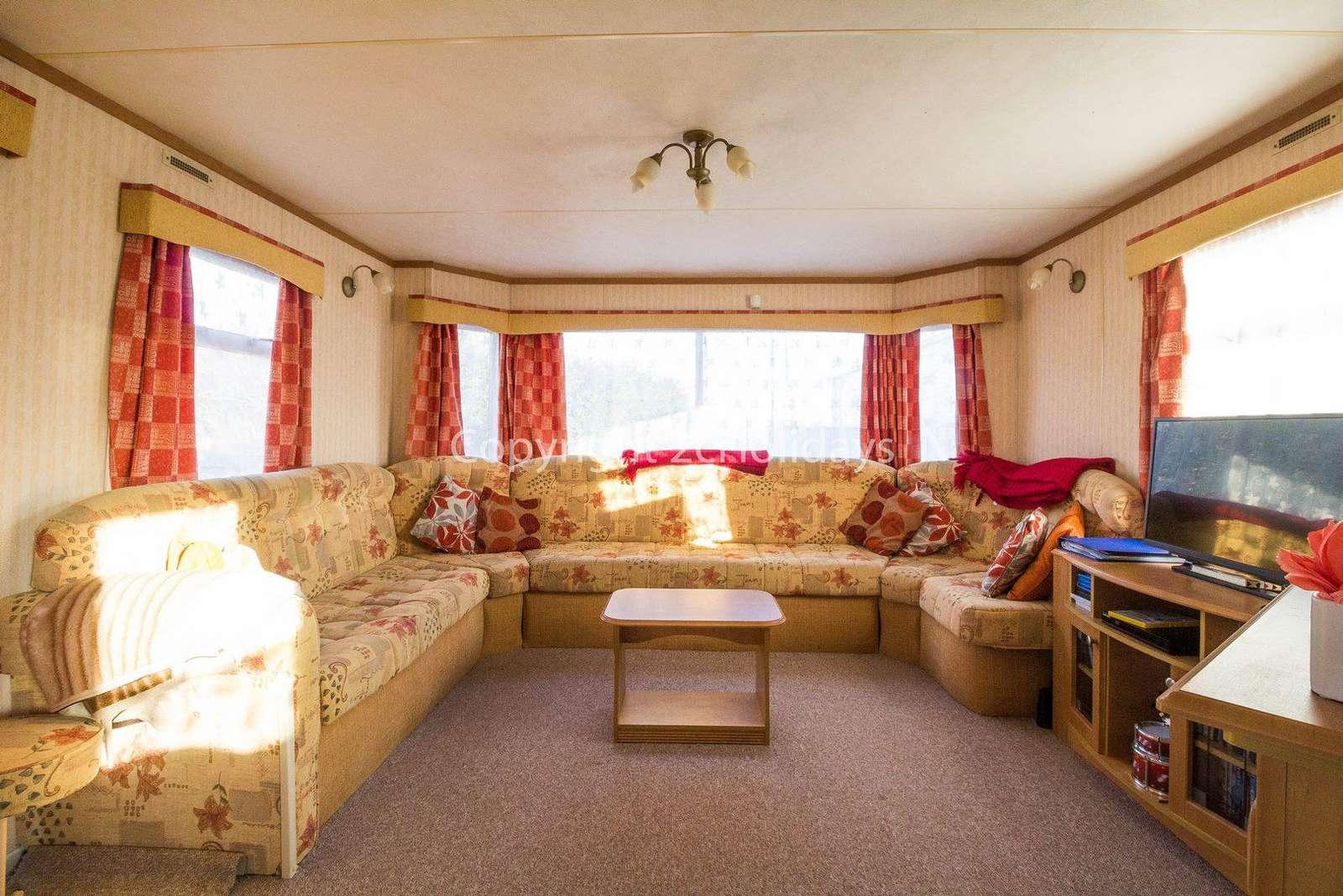 Caravan for hire in Kessingland, Lowestoft