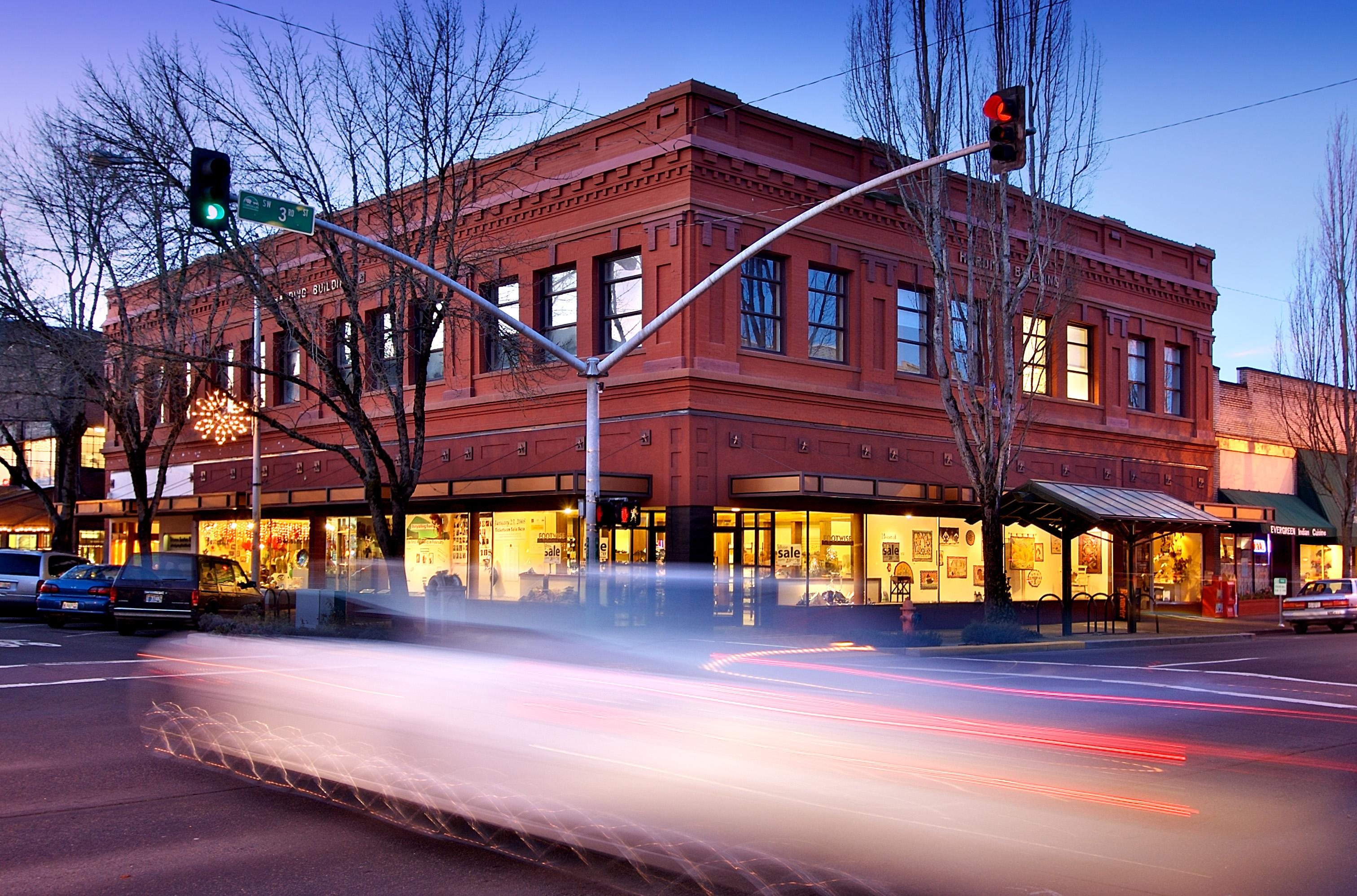 Downtown Corvallis is a 10-minute drive from Norwood Drive Flat