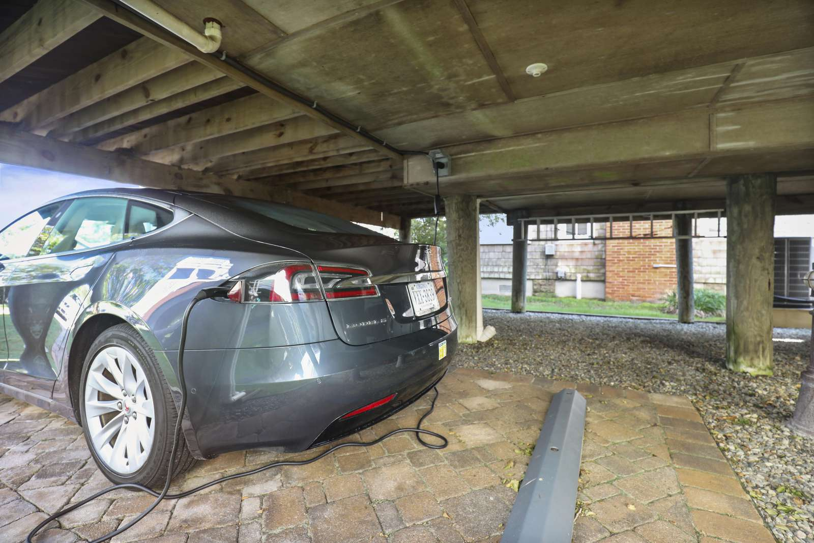 Electric Car Outlet