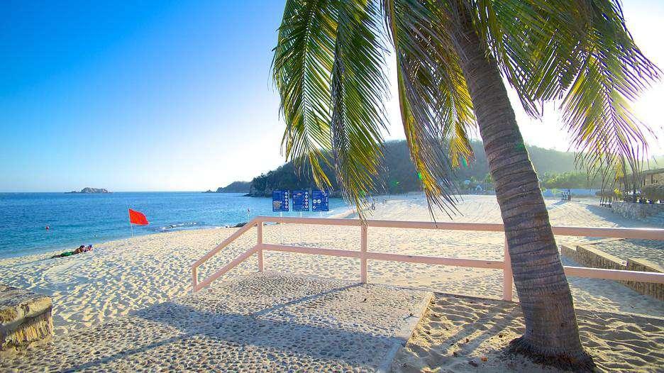 10-15 minute to Playa Chahue