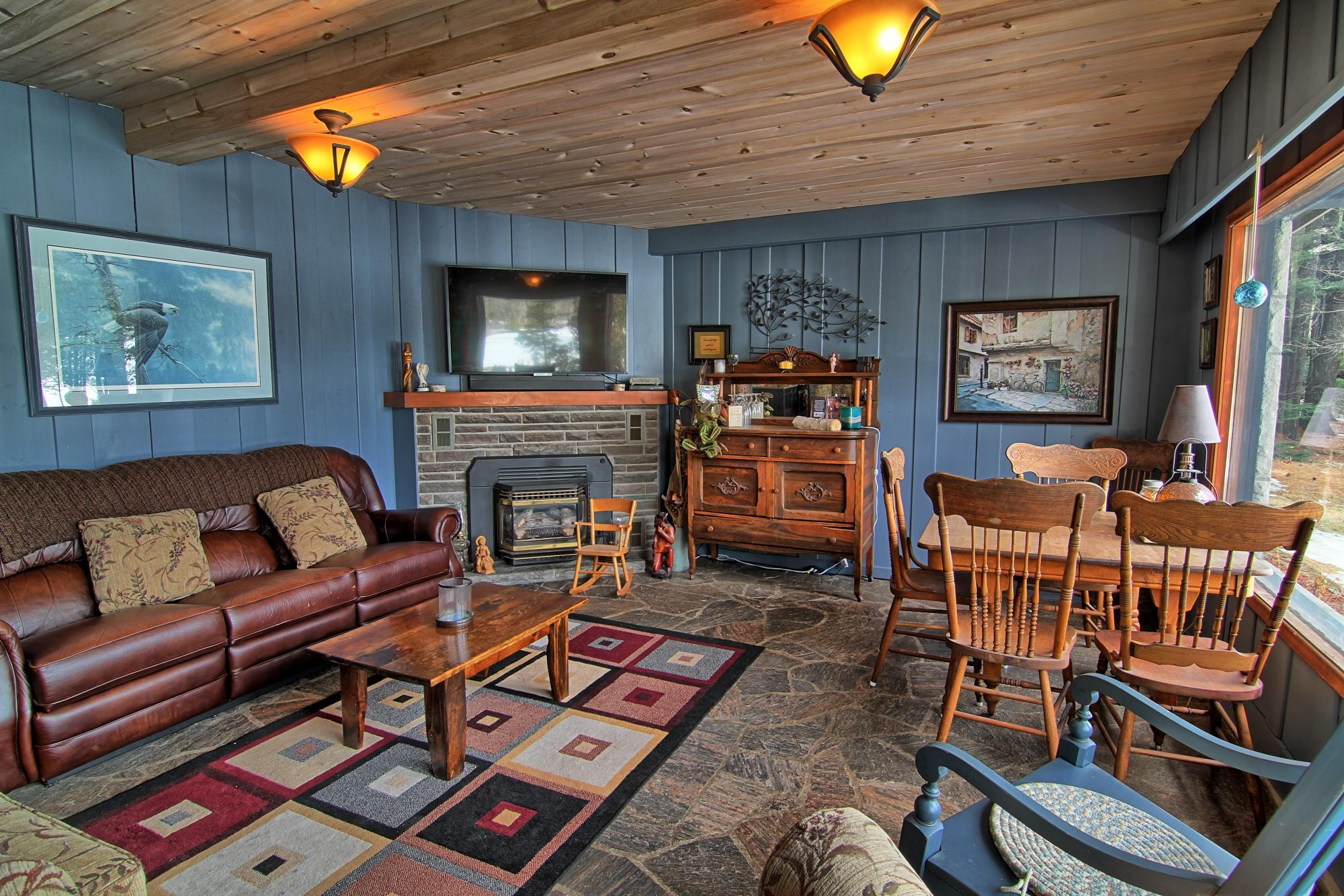 rental with ski rent or and private deck romantic jet haliburton cottage in muskoka option atv a rentals to snowmobile