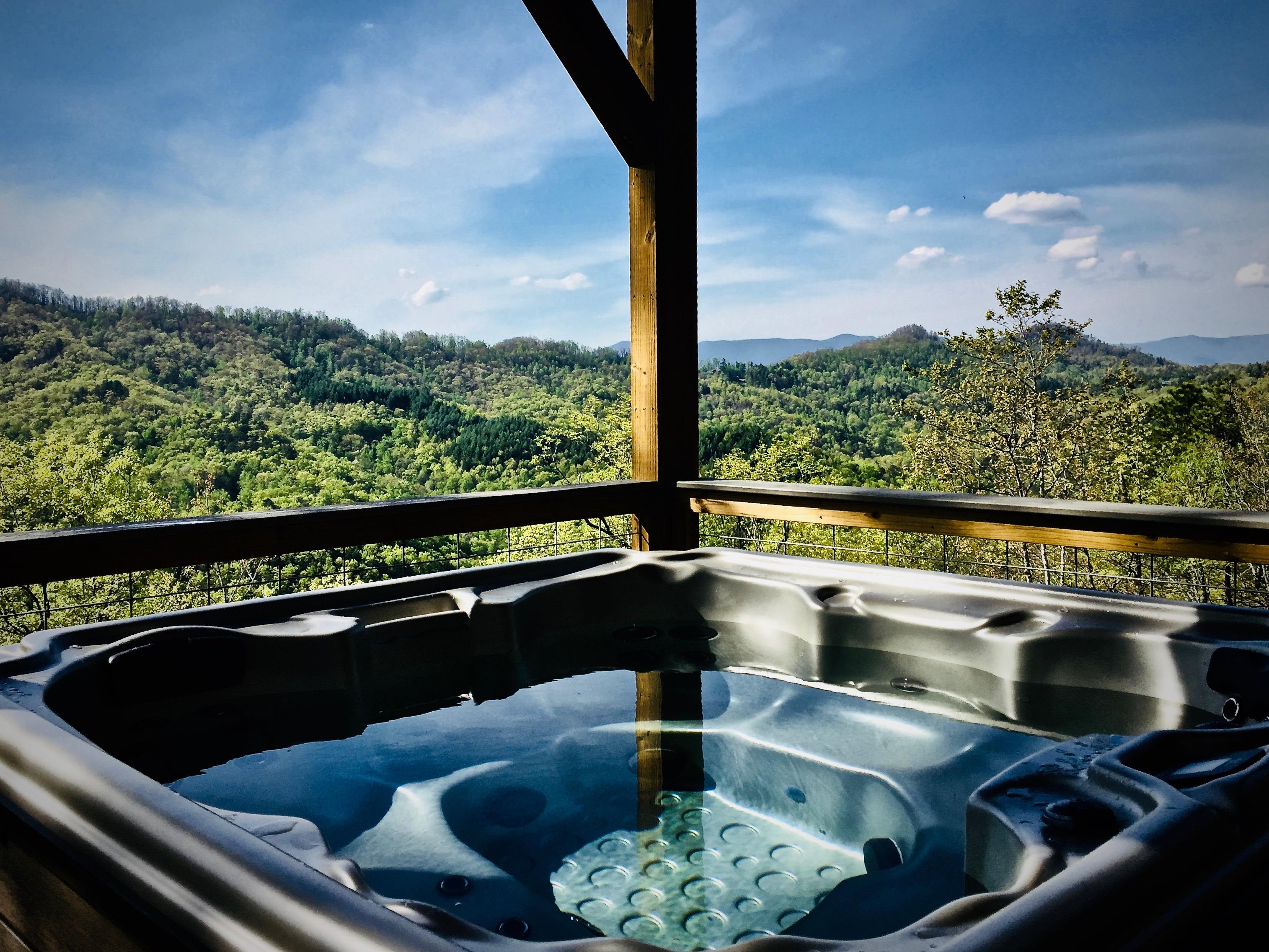 Sparkling Hot Tub is Private on all sides...