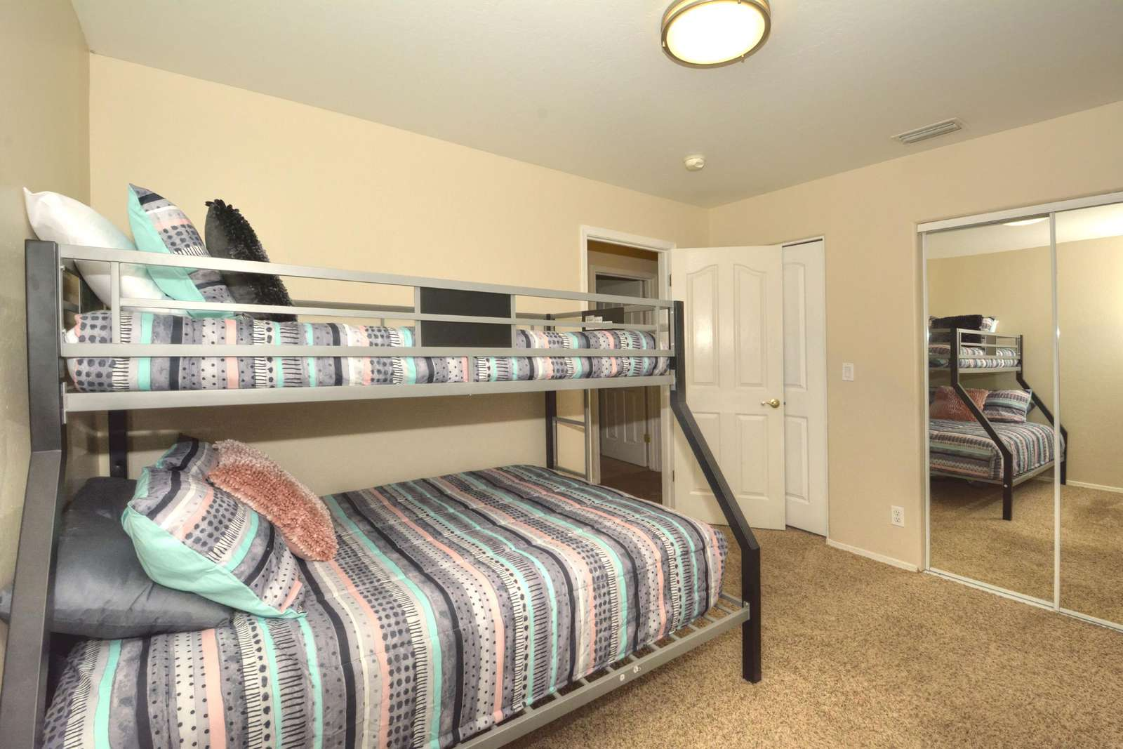 Twin top and full bottom bunk