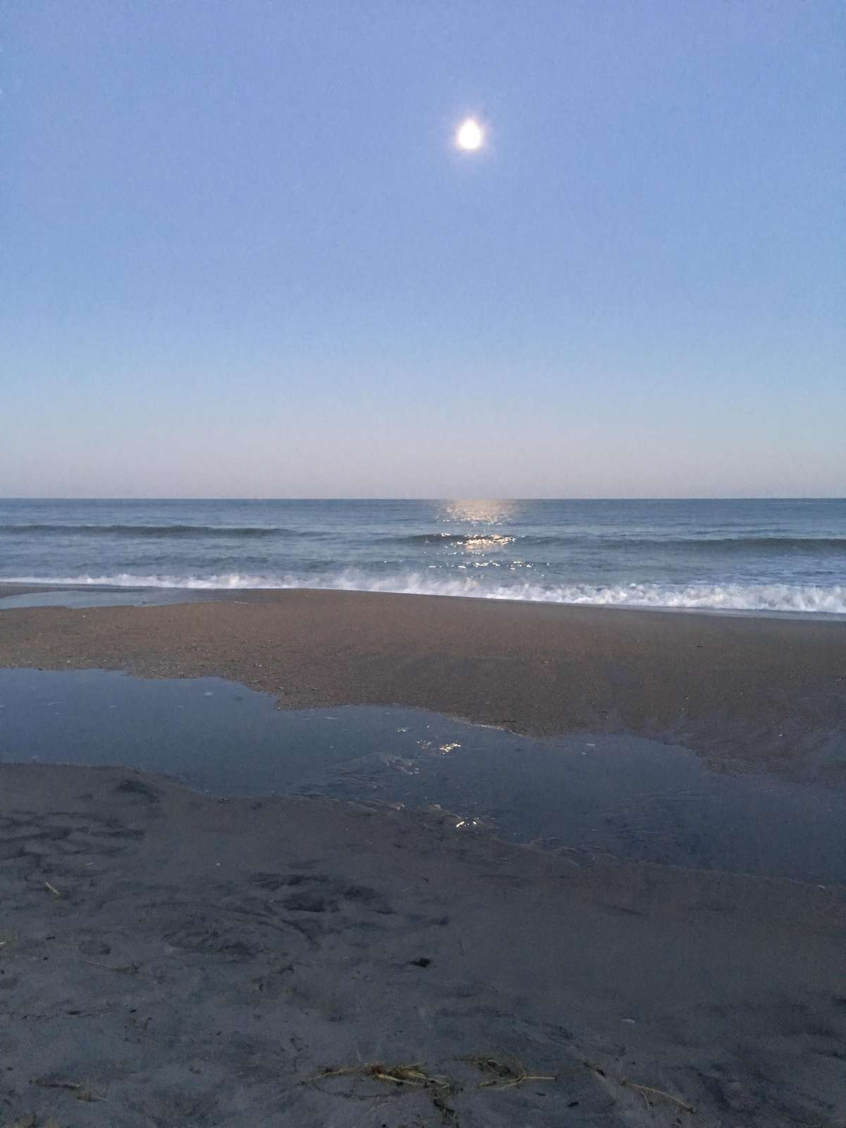 Soothing day at the ocean
