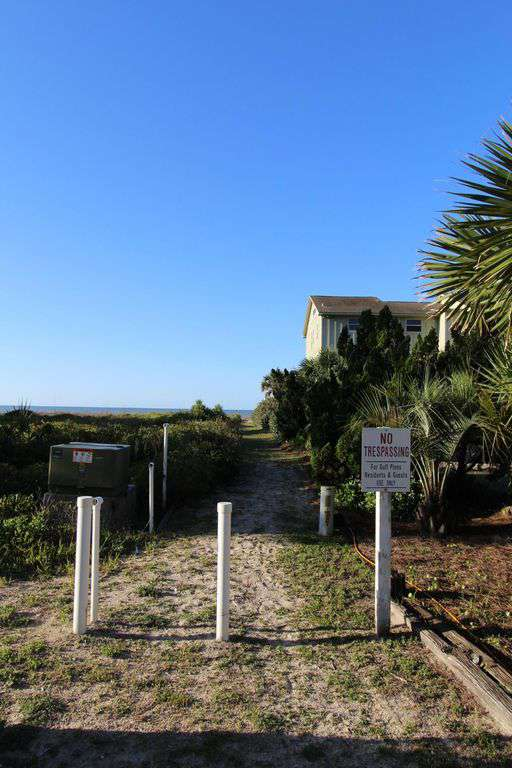 Private Guest Access To Beach