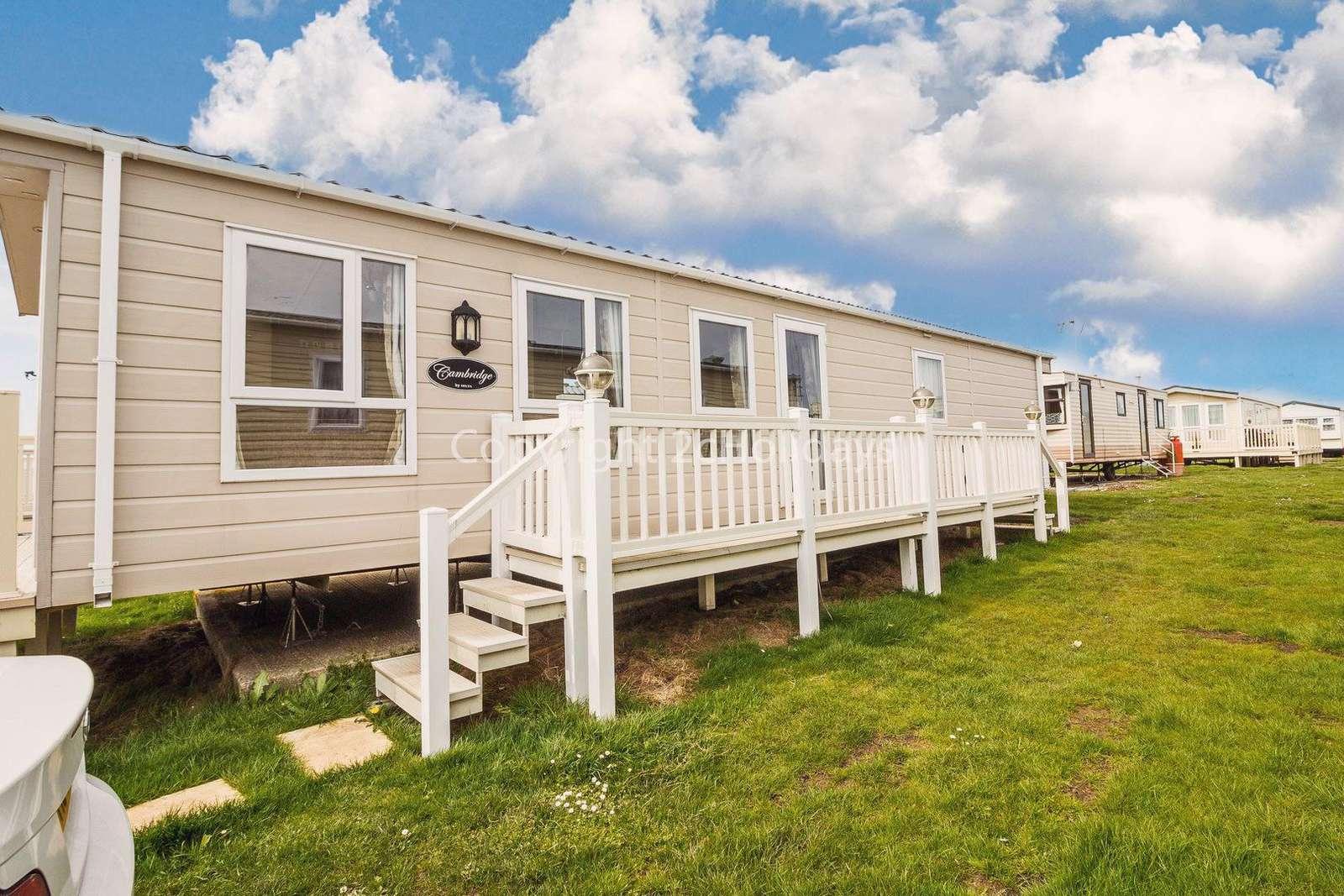Caravan for hire in Clacton-On-Sea