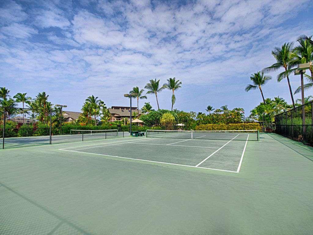 Kanaloa tennis courts.