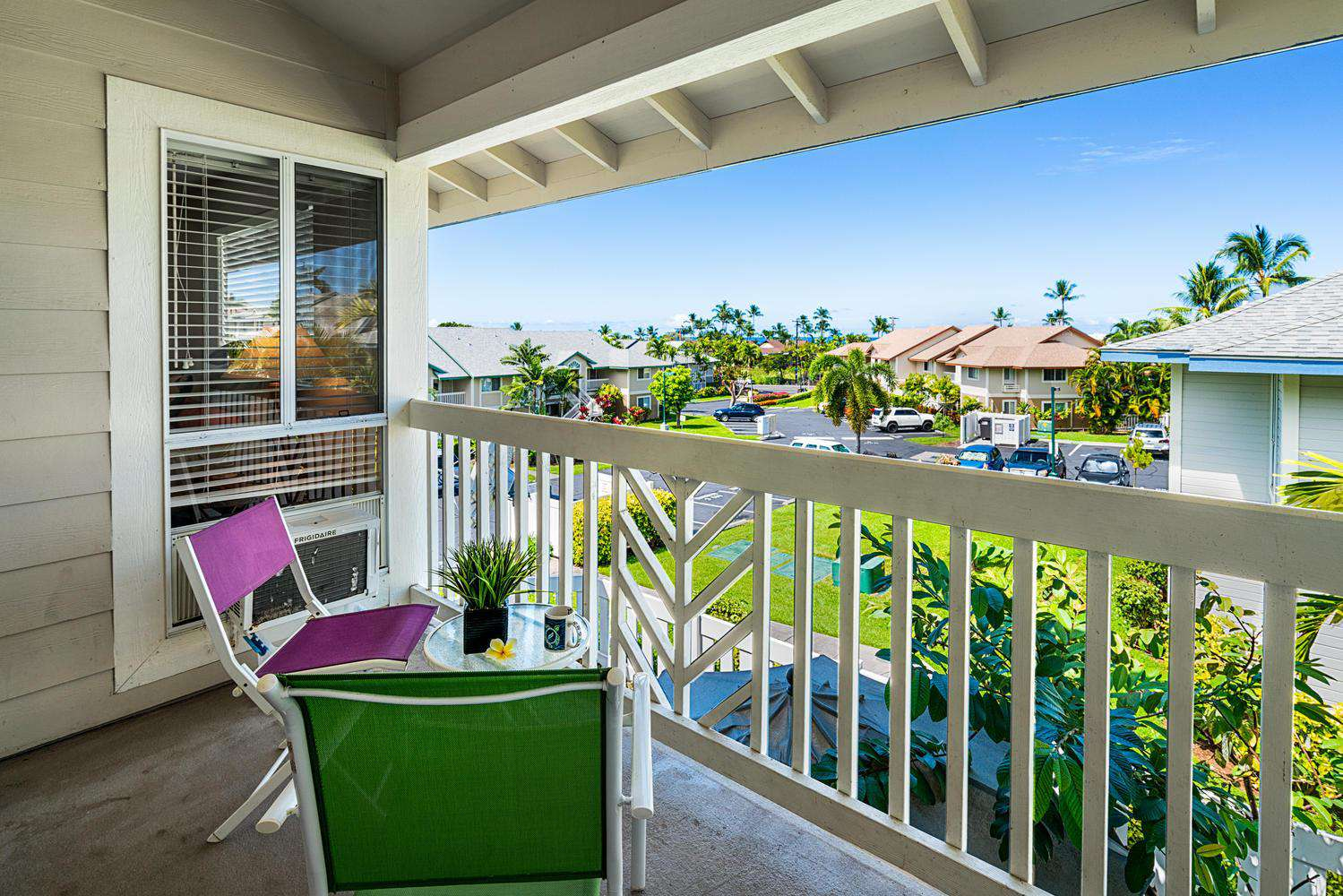 Enjoy a bit of ocean view, and gentle island breezes on your lanai.