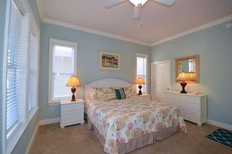 Master Bedroom (1st Level)