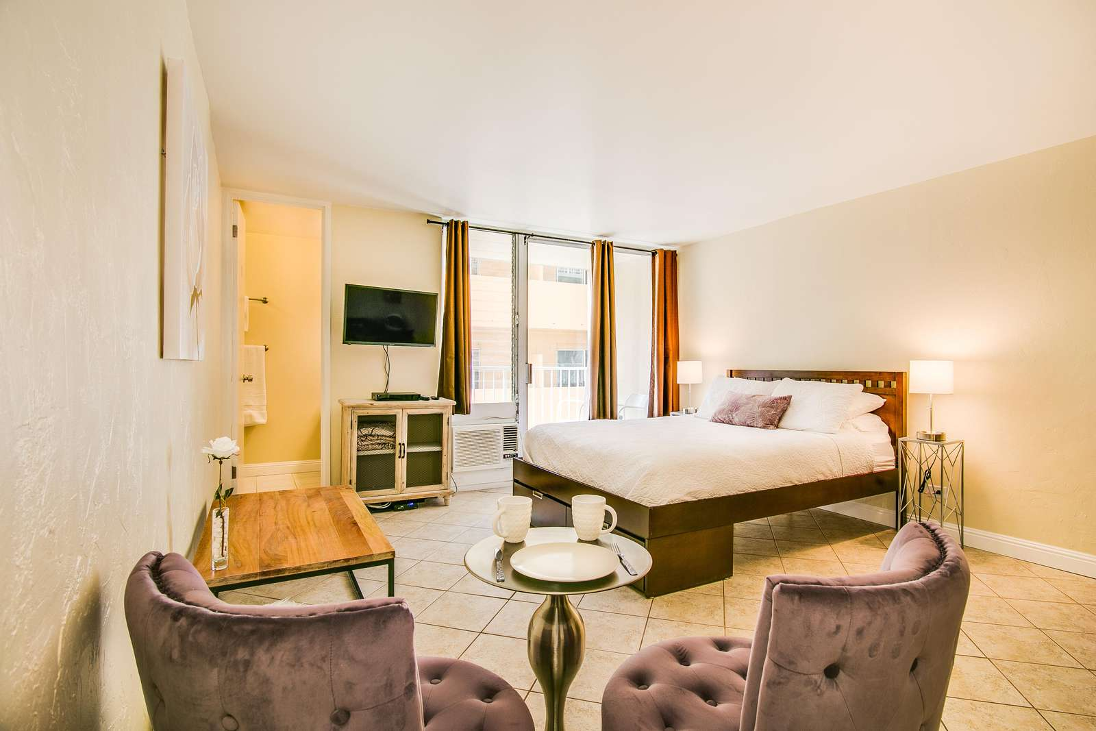 You'll love the spacious feel and how super close we are to Waikiki Beach