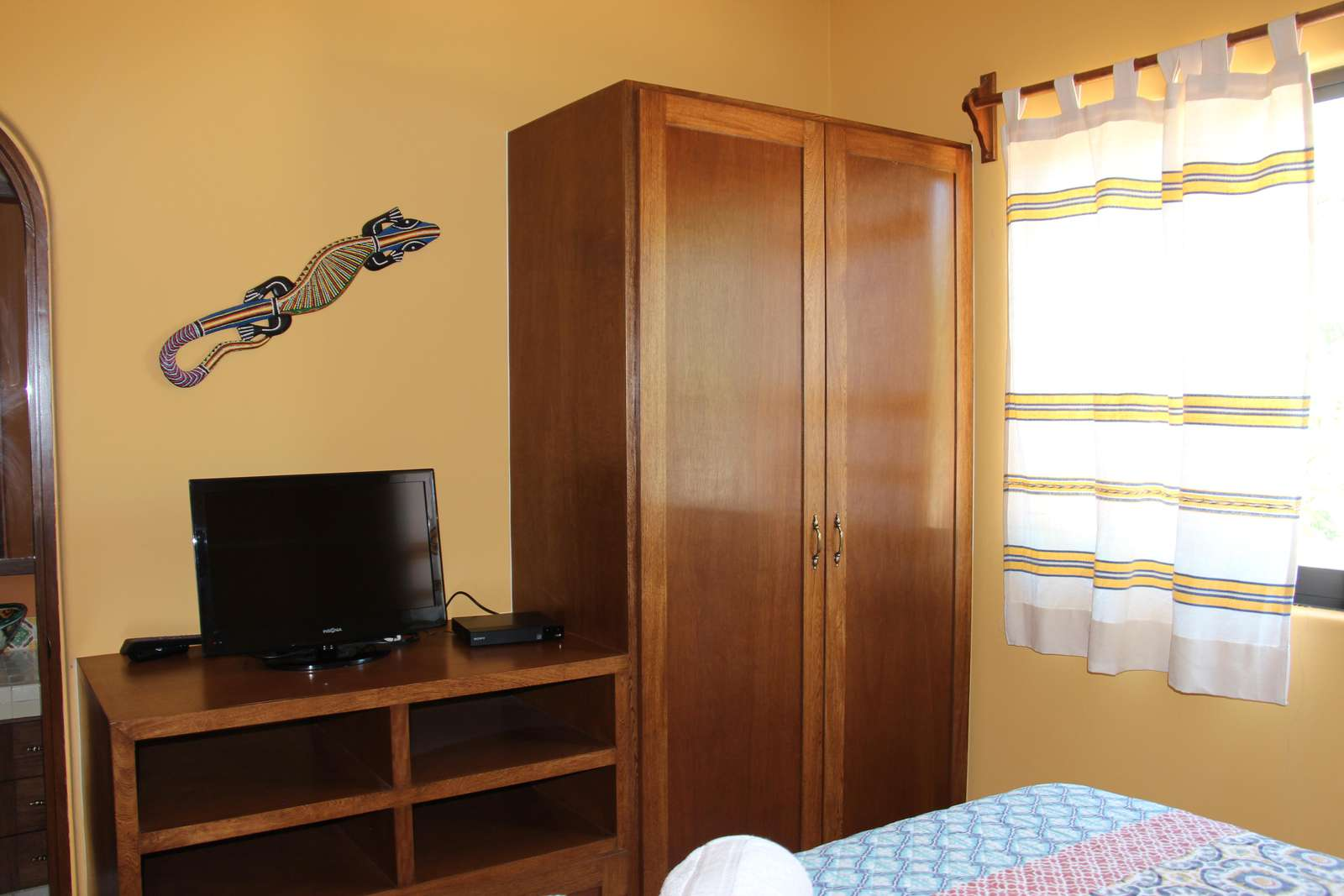 Main House - Second bedroom with Queen bed