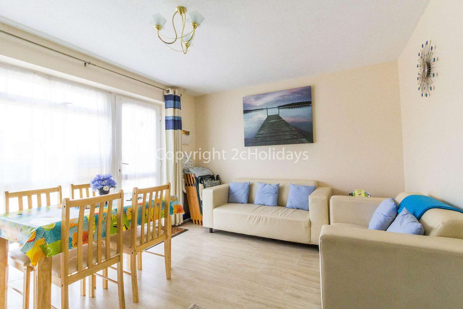 Chalet home to hire in Hemsby