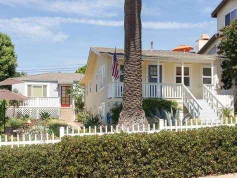 Sunset & Garden Beach Cottages