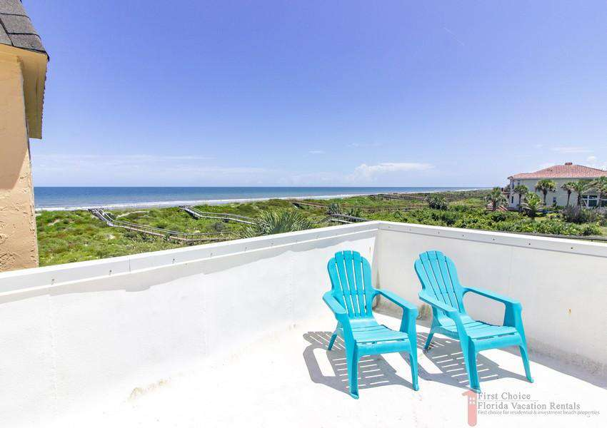 Large Private Oceanfront Balcony