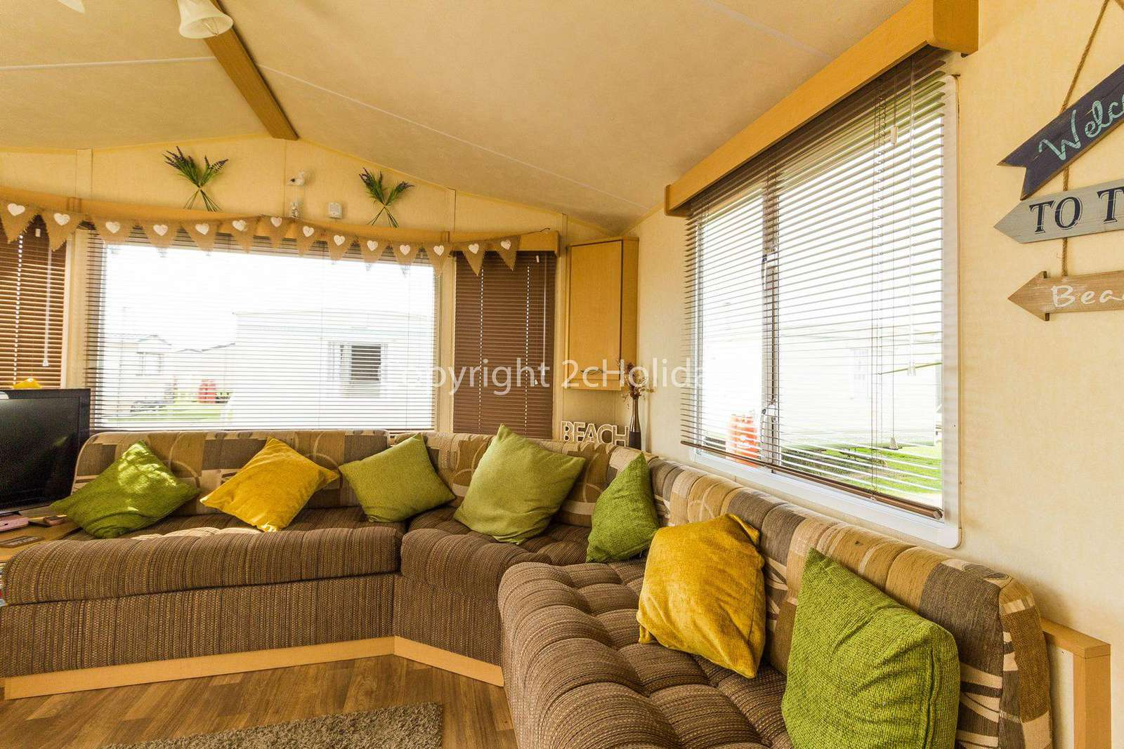 Come and stay in this private accommodation Heacham Beach Holiday Park.