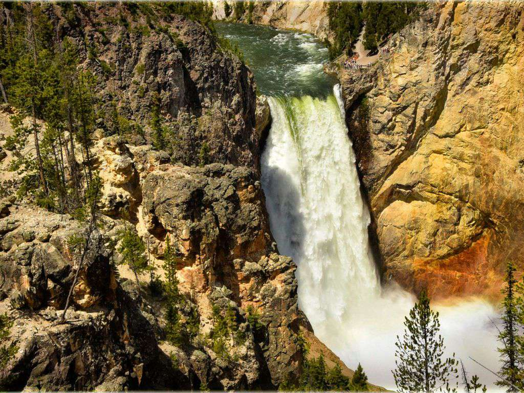 Spectacular falls in Yellowstone Park!
