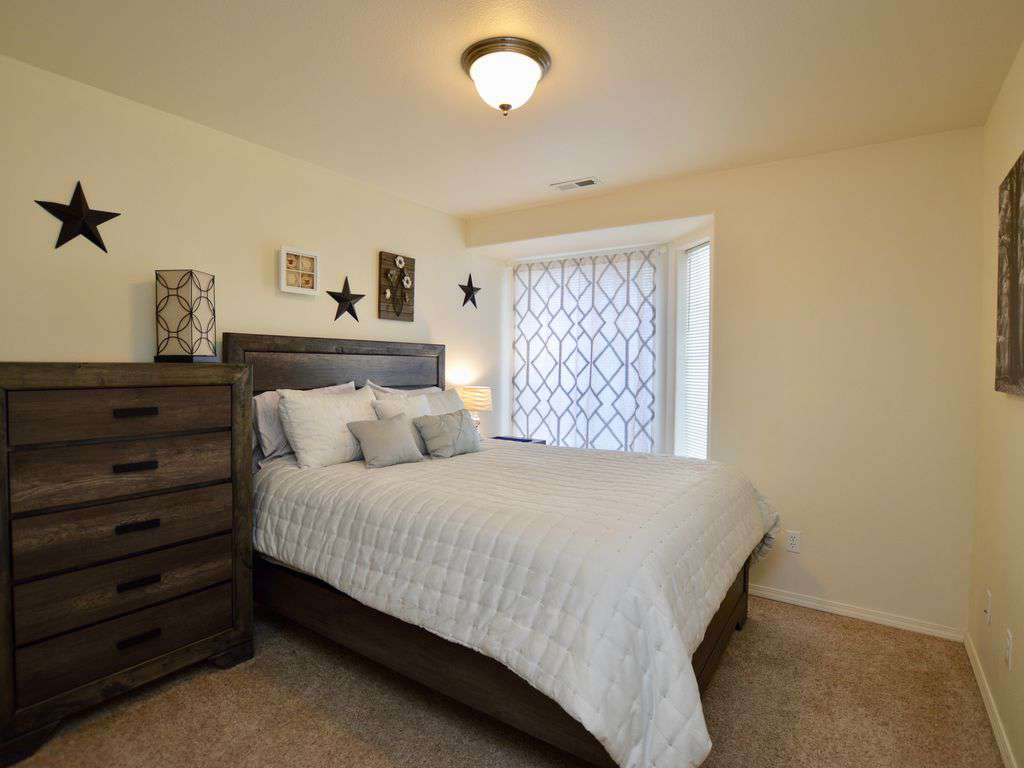 Plush queen bed and large dresser