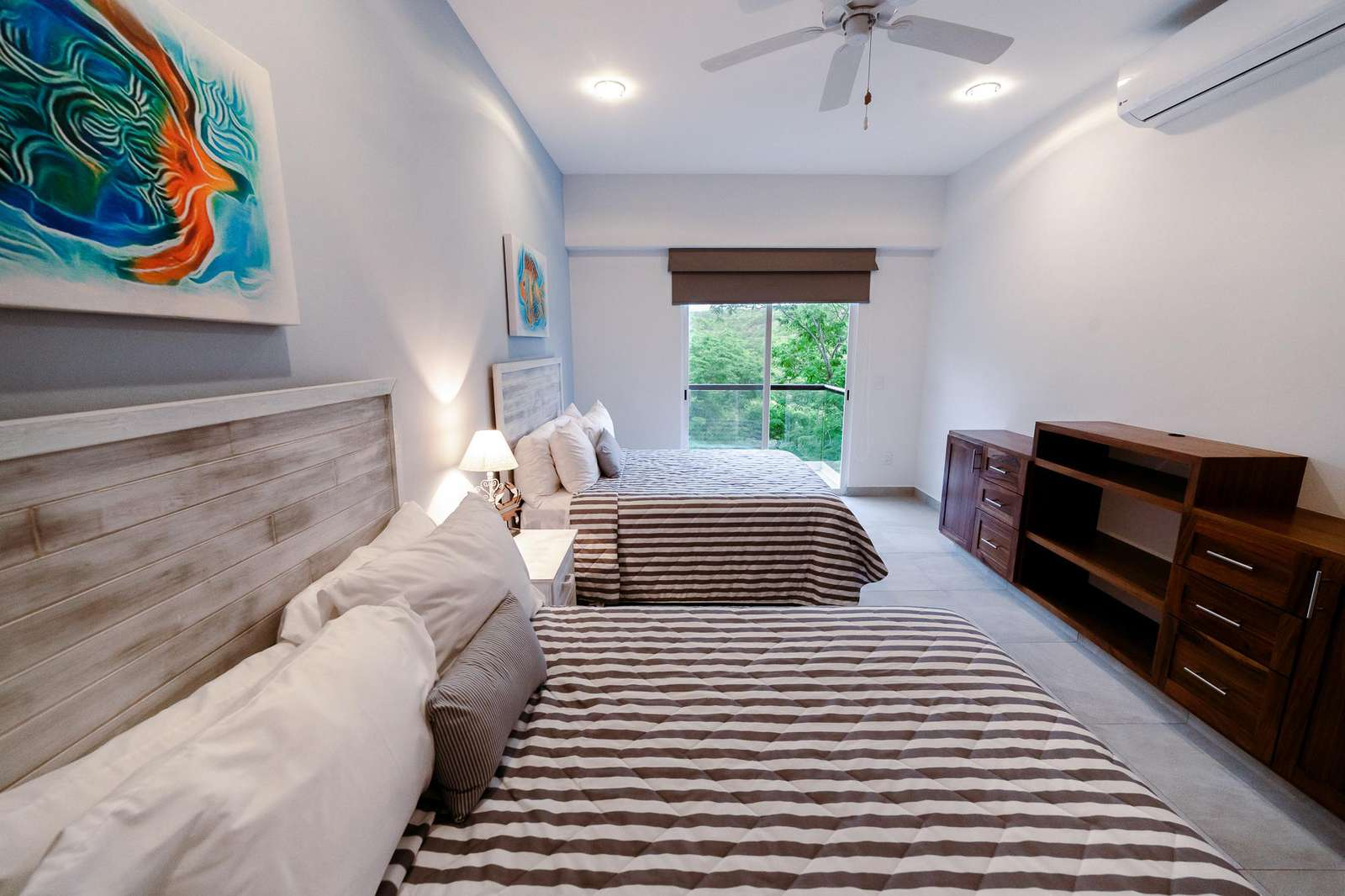 Third bedroom with terrace and ocean view