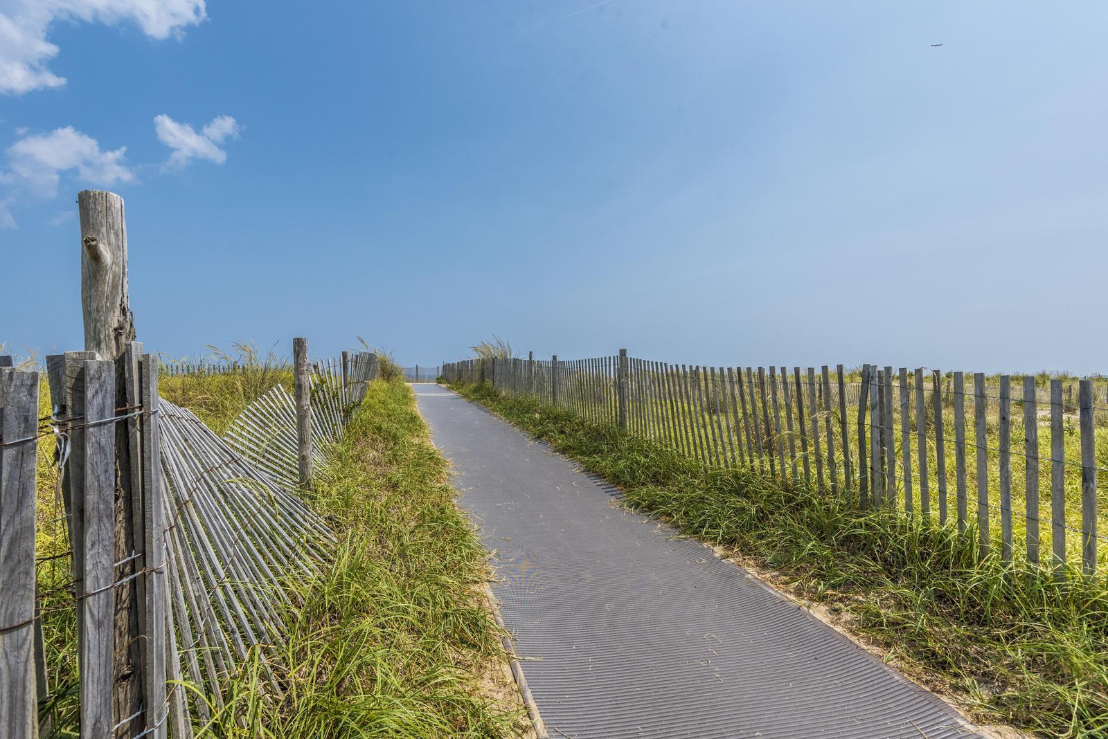 Bellevue Street beach path over dune