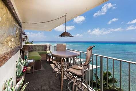 Diamond Head 901 Oceanfront Lanai & Full Kitchen