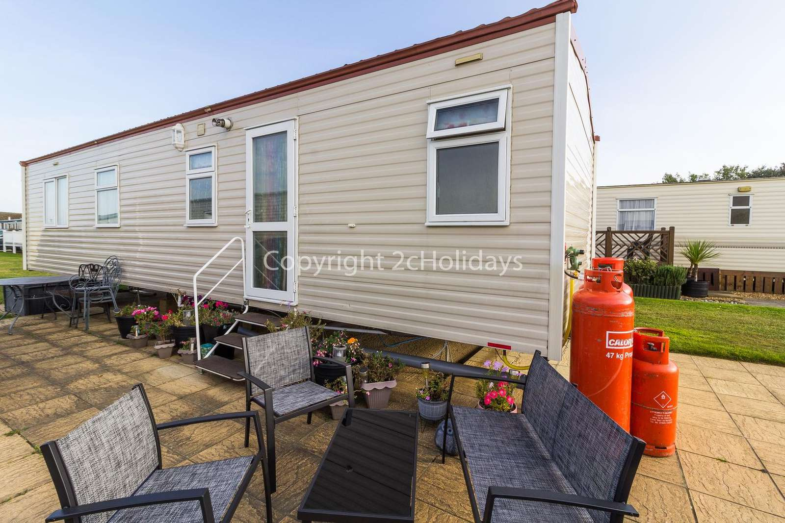 Great family holidays at Broadland Sands Holiday Park.