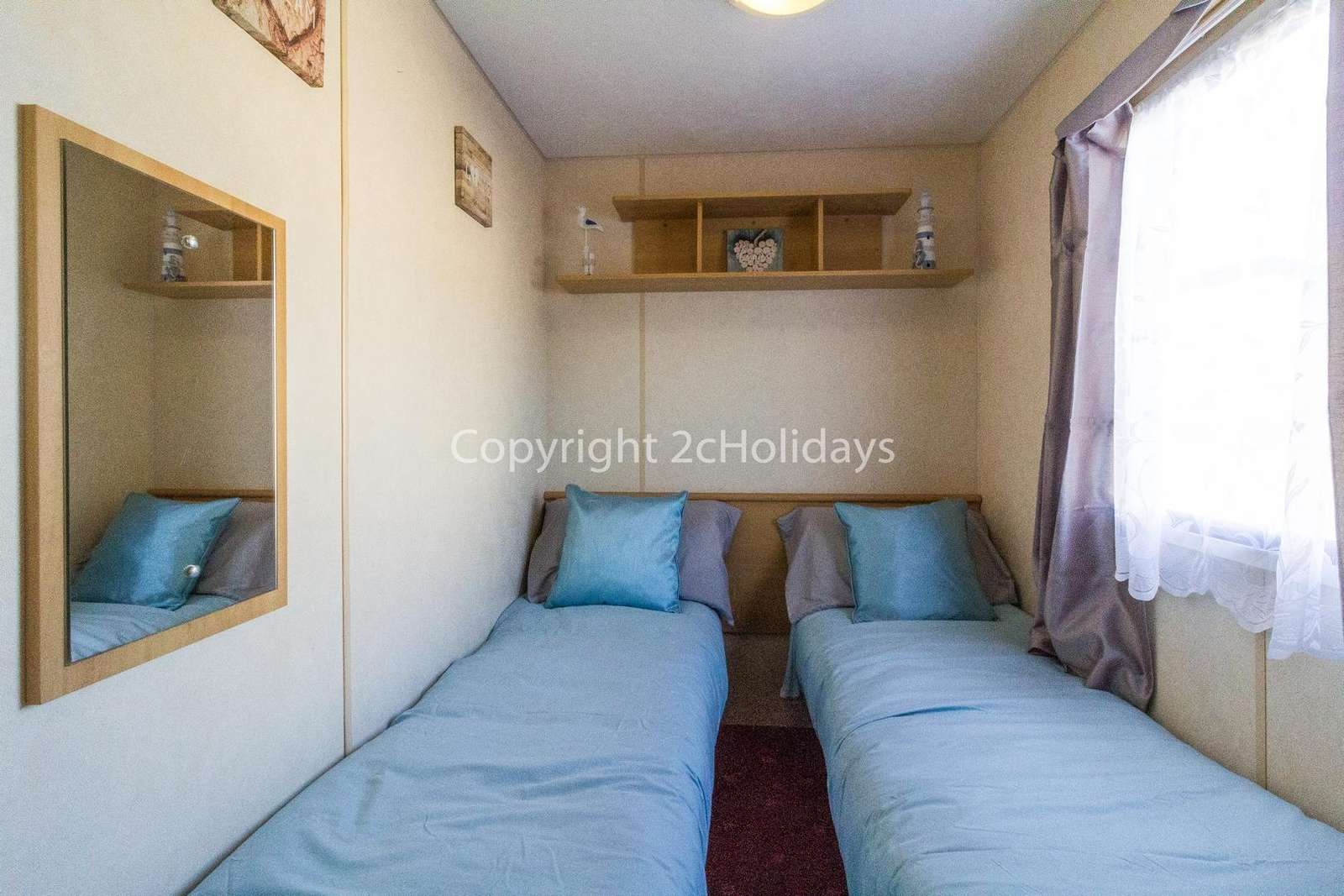 Affordable holidays in Essex with 2cHolidays