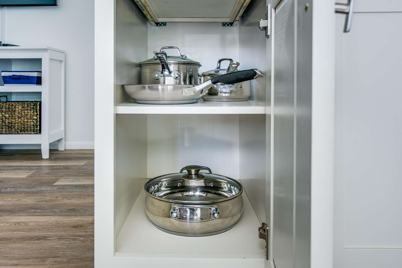 Convection top cookware.
