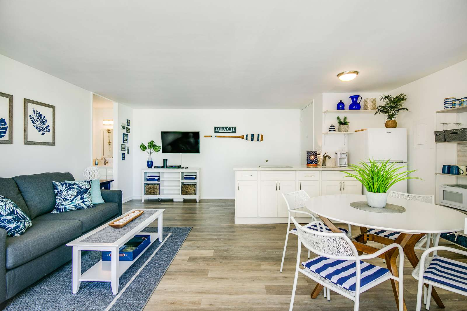 Beautifully renovated and furnished with an eye to every detail