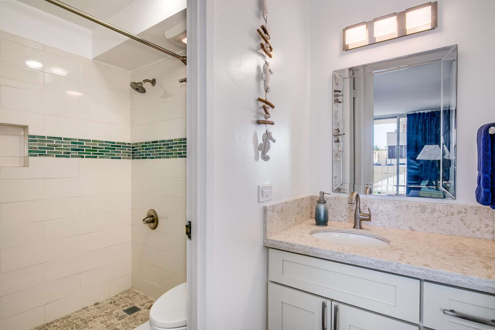 Fully remodeled Bathroom and Vanity area.