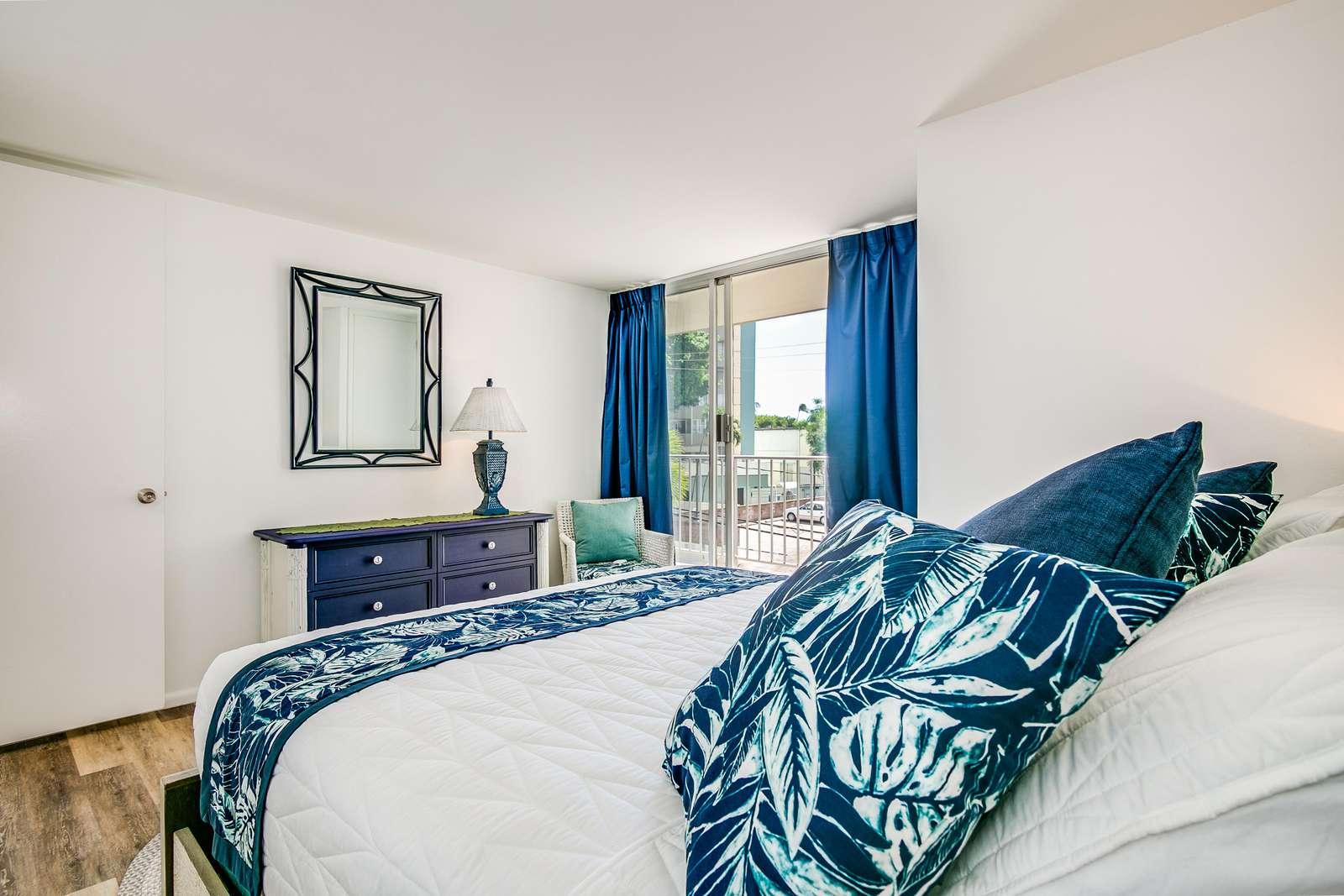 Comfort and leisure so close to Waikiki Beach.