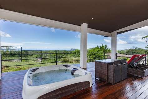 Casa Tranquila- 1 BR Ocean View Home