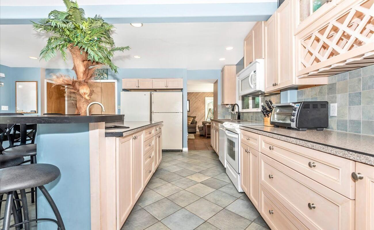 Prepare a feast for the whole family in this large spacious kitchen.