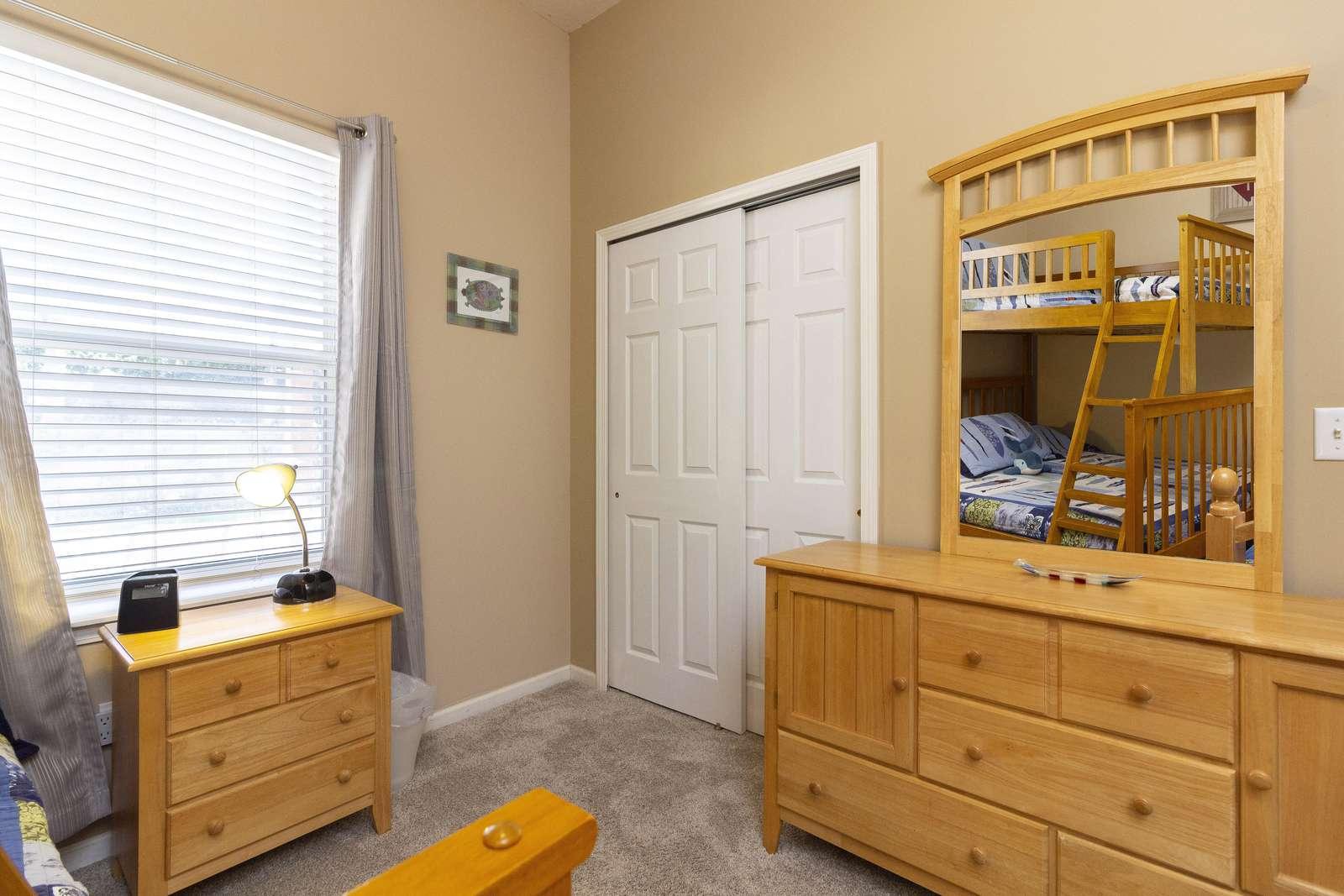 Guest Bedroom (first floor)