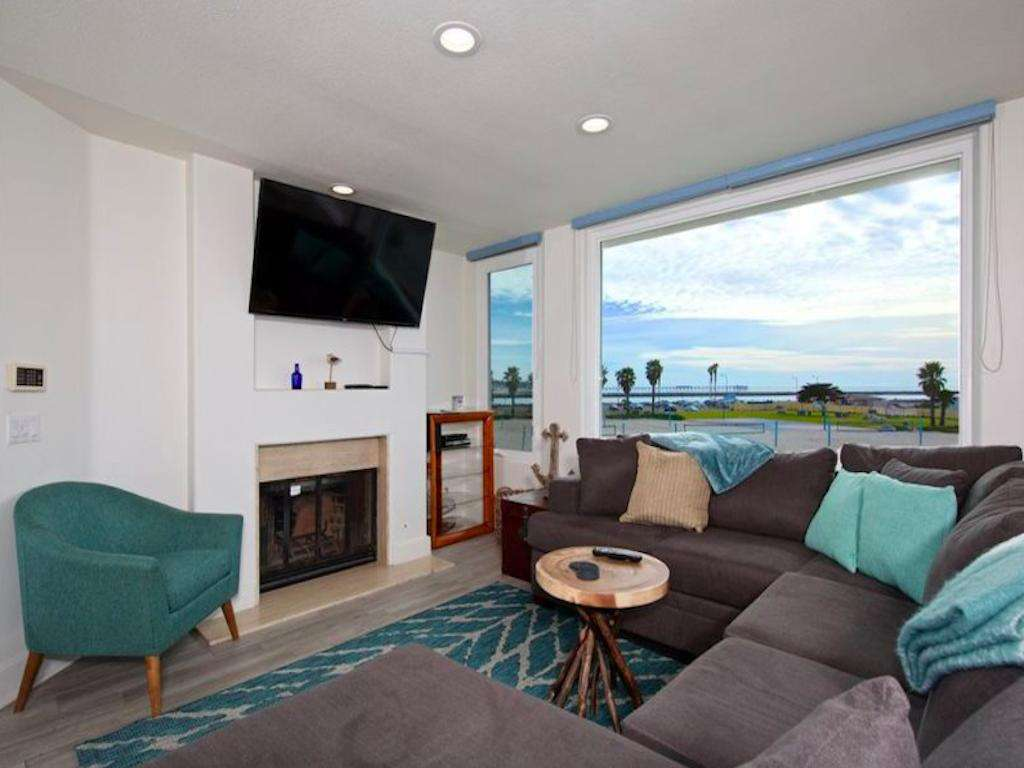 #360  Oceanfront South Mission Beach 3 BR Penthouse fun in the sun.