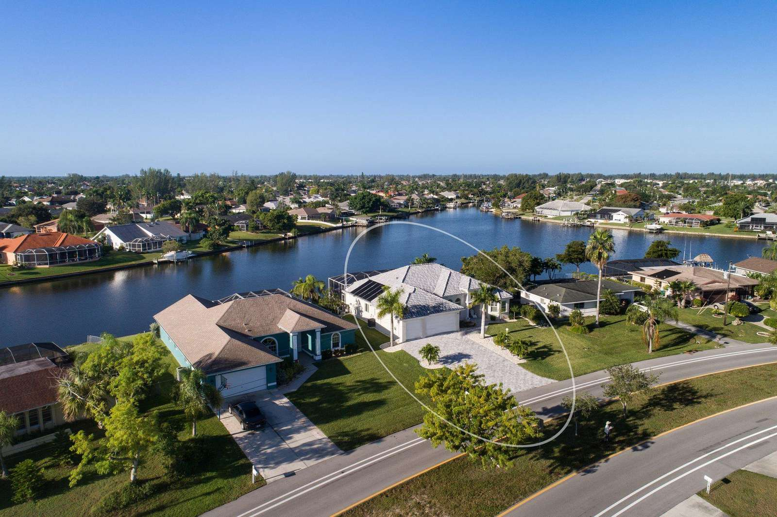 Wischis Florida Vacation Home - Vacation Rentals Cape Coral I Property Management I Real Estate