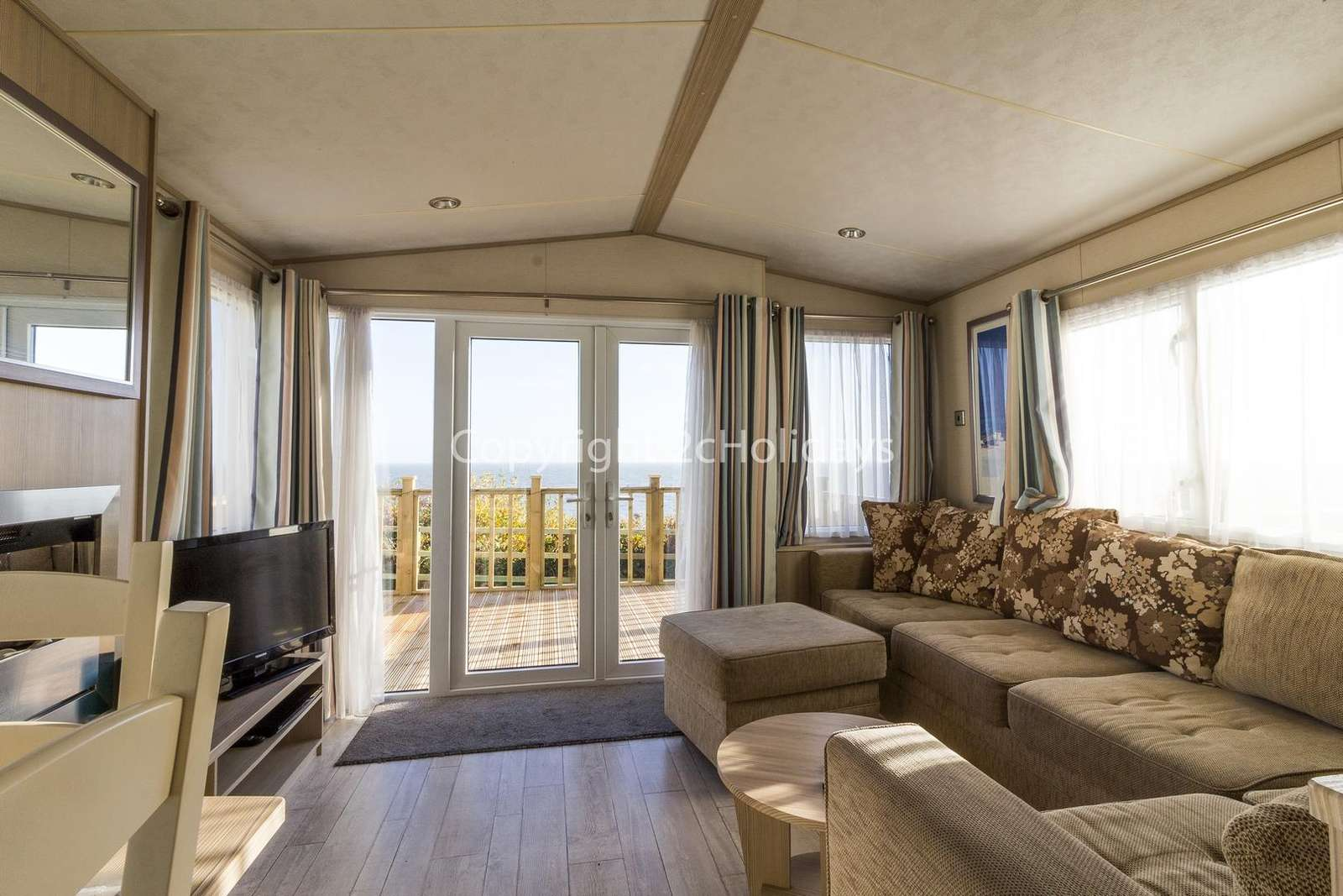 Azure Seas Holiday, in Lowestoft. Perfect for families.
