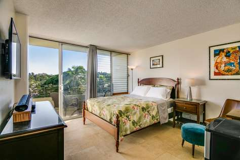 Waikiki Grand Suite 411