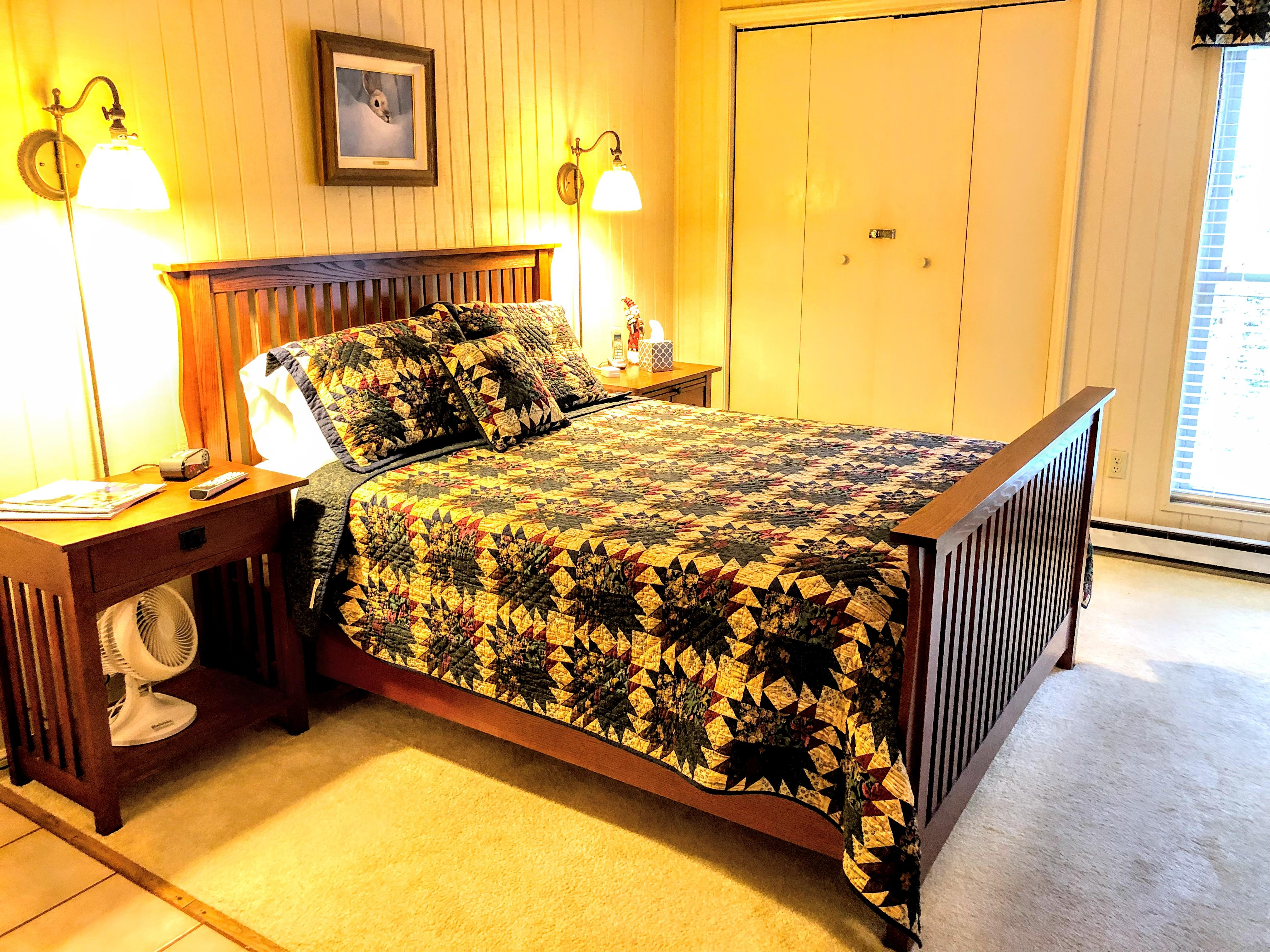 Queen bed in master bedroom; foam mattress pad (very comfy!) Fan available in case you need a breeze (or noise!).