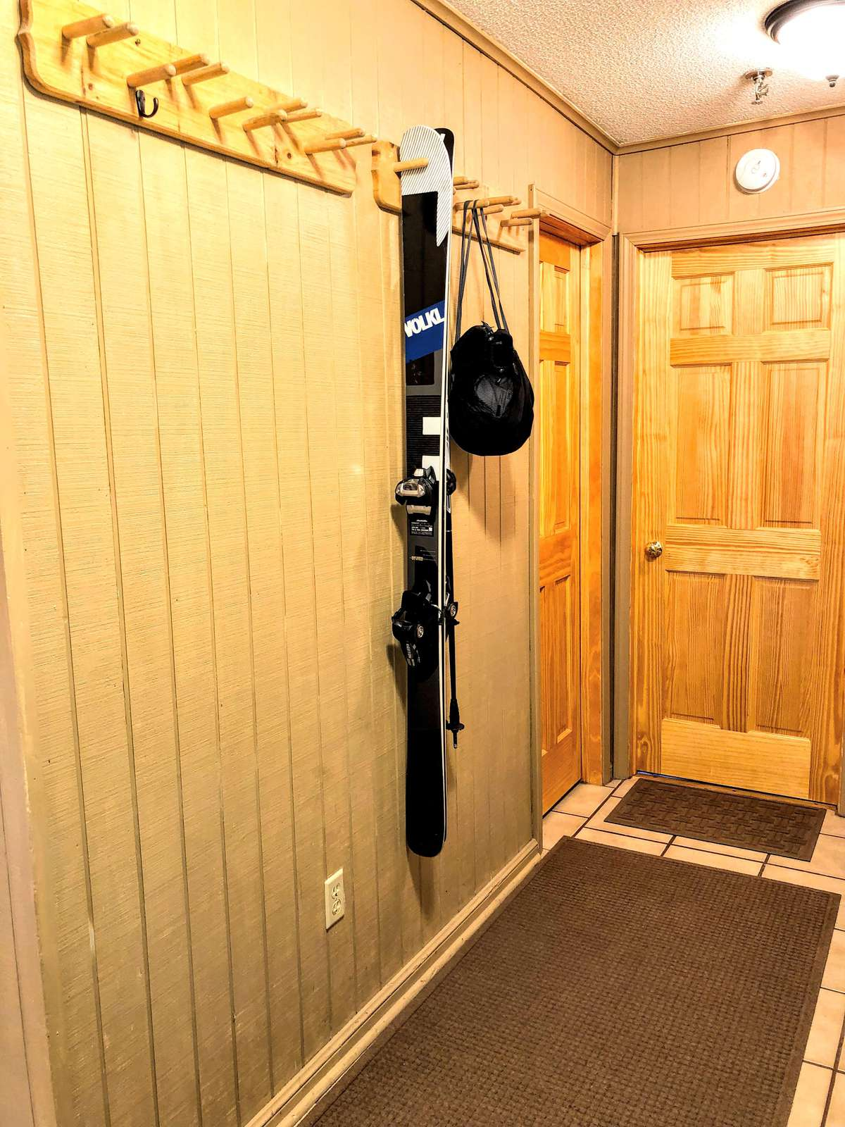 Safely store your skis/boards inside of Leatherbark 108B - on our handy-dandy ski rack!