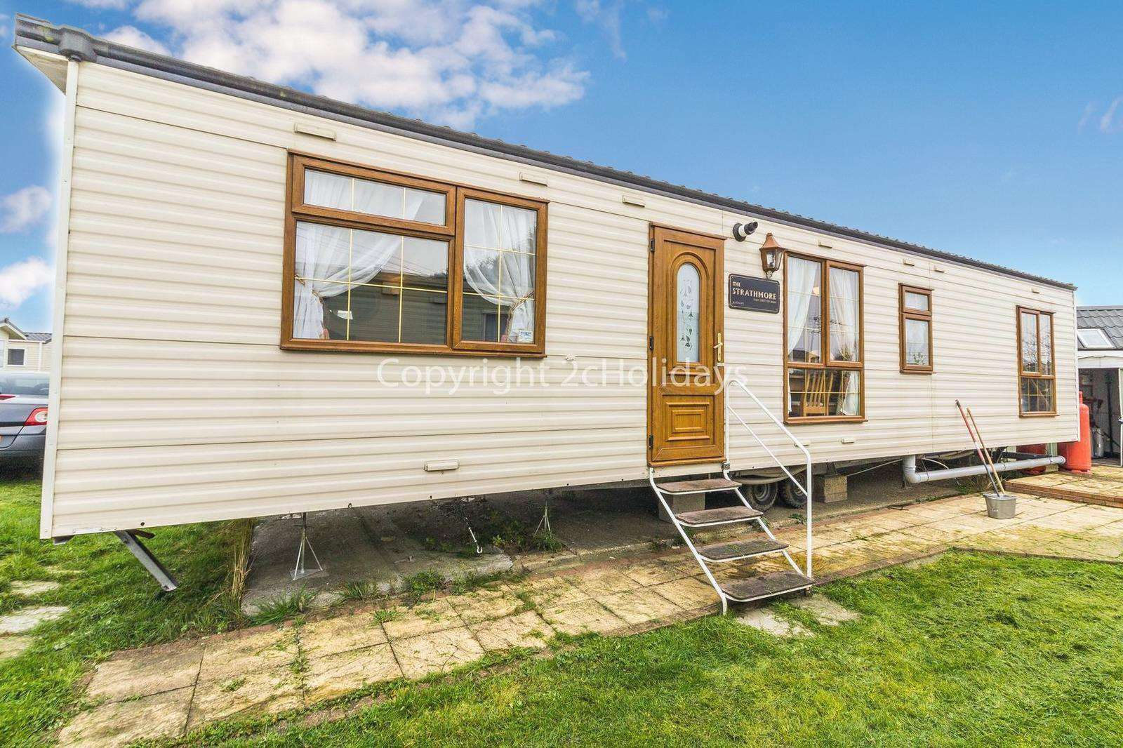 2 bed accommodation at Steeple Bay in Essex