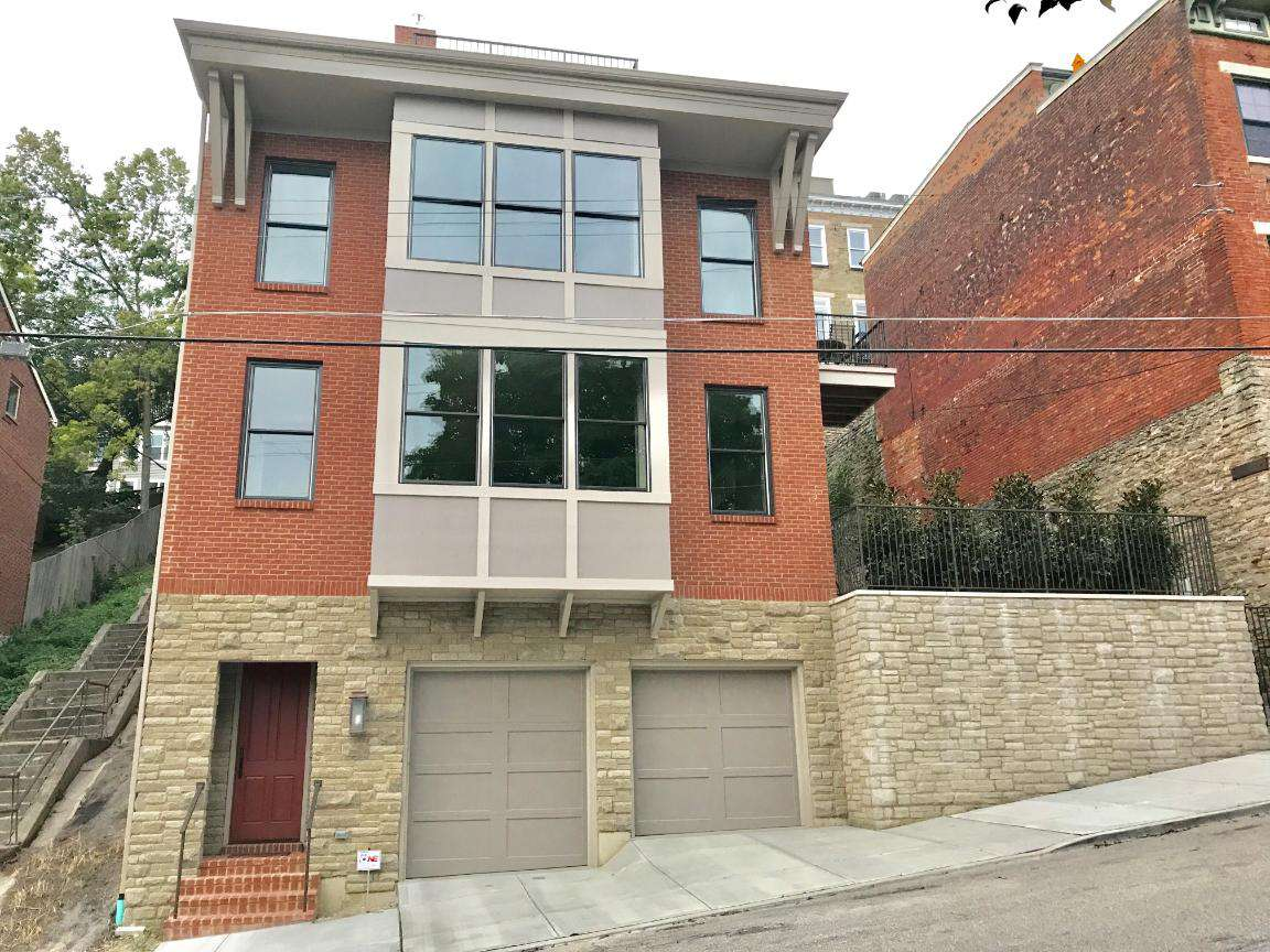Newly built home in historic Prospect Hill