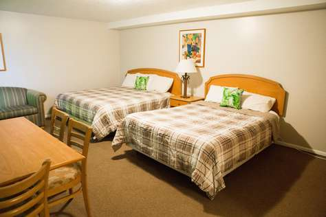 Bear Lake Motor Lodge Room #17