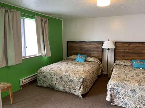 Bear Lake Motor Lodge Room #15