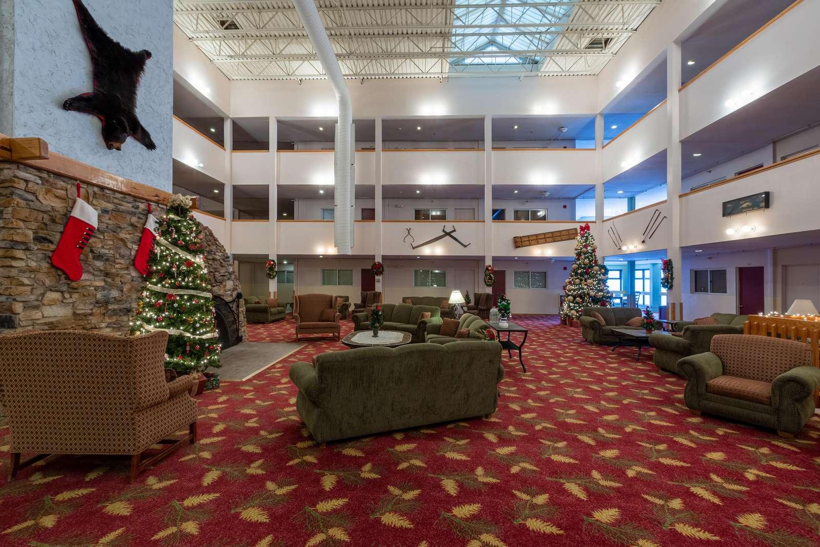 Mountain Lodge Main Lobby Area