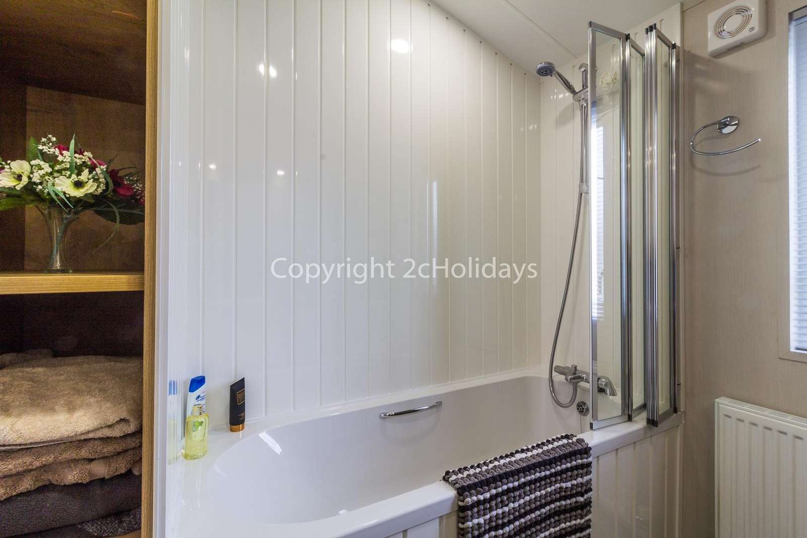 Stunning bath/shower room