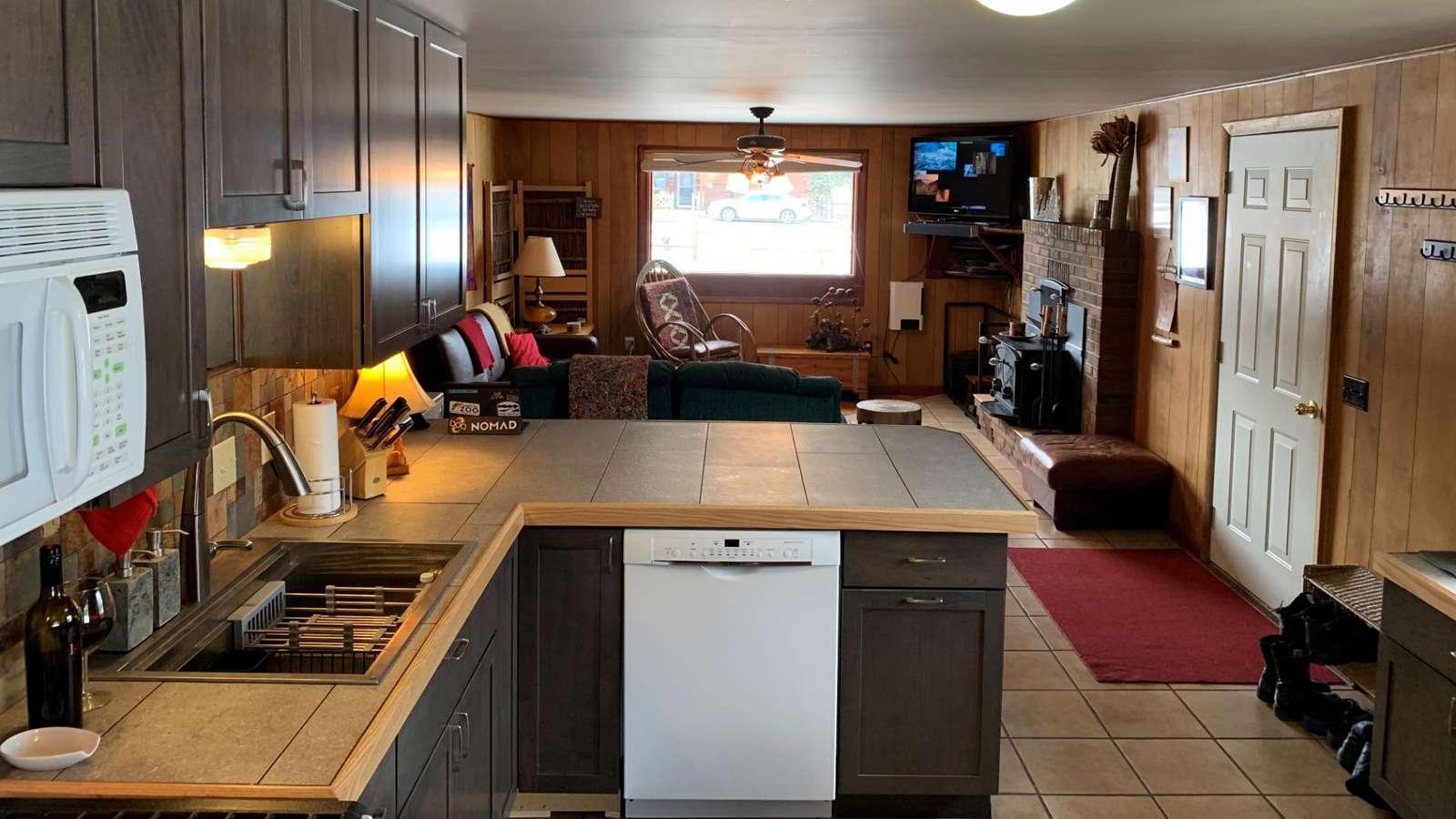 Kitchen with Island & Dishwasher
