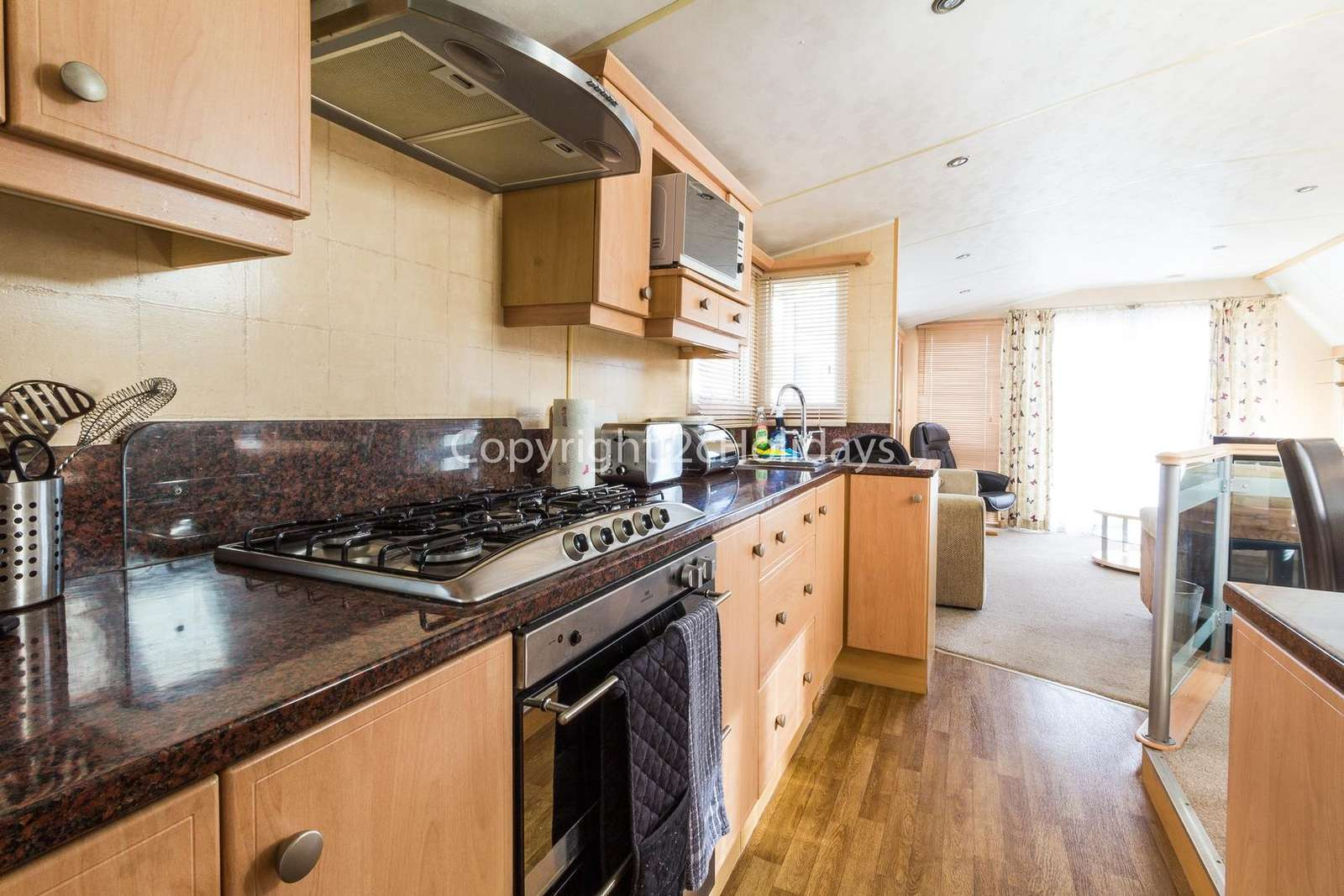 Fully equipped kitchen perfect for self-catering holidays!